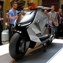Компания BMW Motorrad продемонстрировала концепт электроскутера